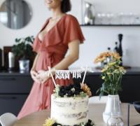hvít og silkimjúkt vanillukaka, óléttu tilkynning Linda Ben