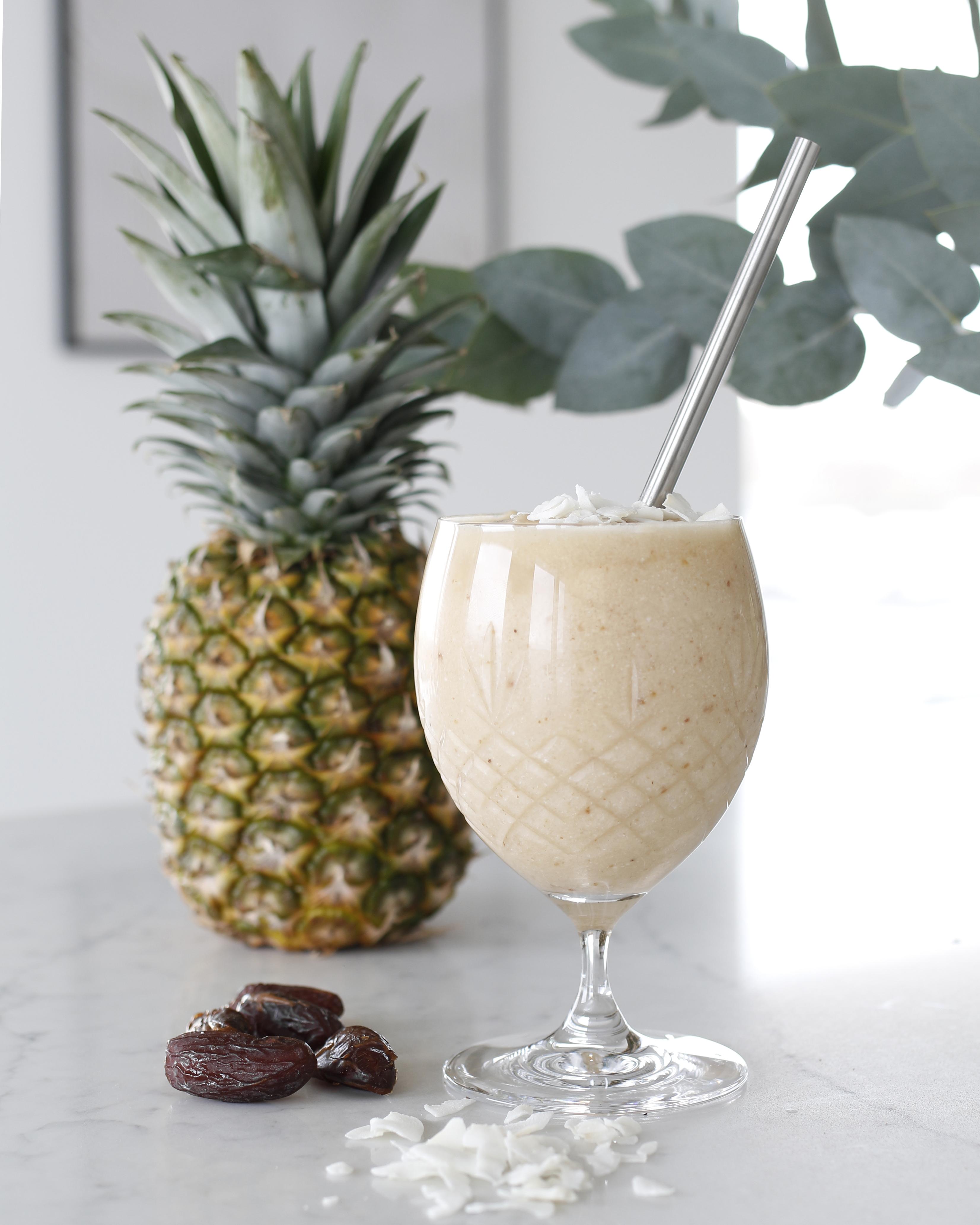 Ananas smoothie með döðlum